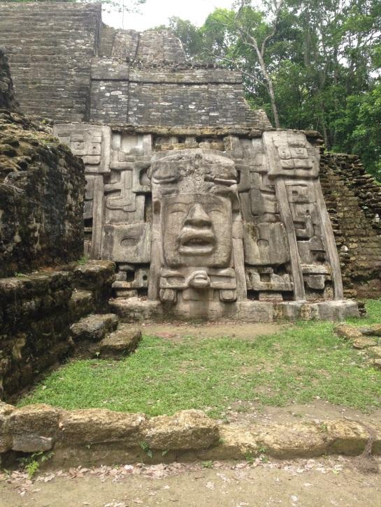 Lamanai, Mask Temple